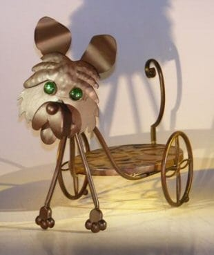 Metal Dog Garden Pot Holder with Moving Head and Tail. 21.0 x 8.0 x 15.0